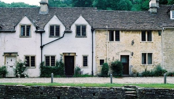 Managing Damp in Old Properties